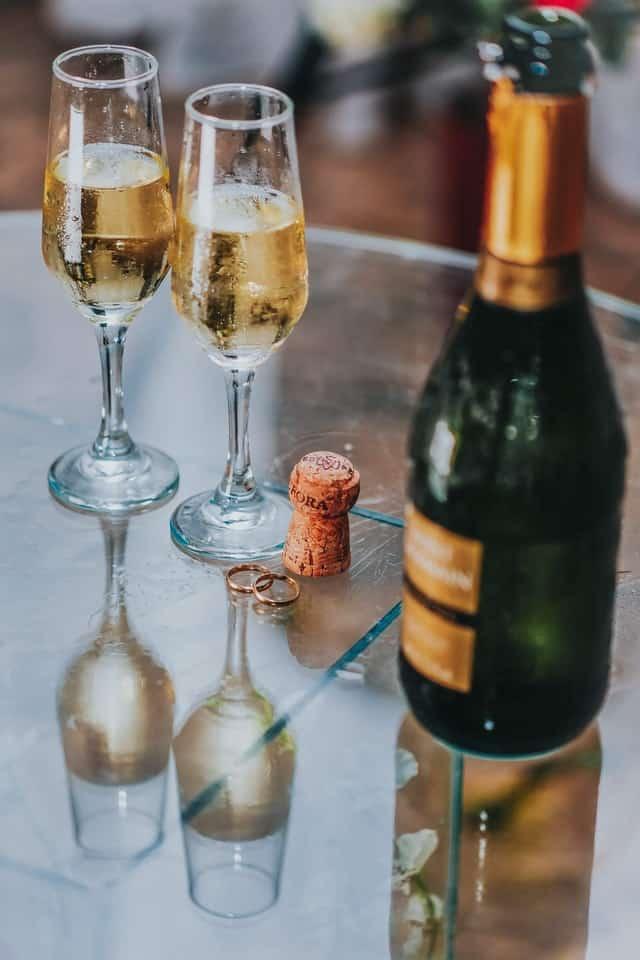 Champagne is helaas de meest histaminerijke drank en kan vervelende opvlammingen van rosacea veroorzaken